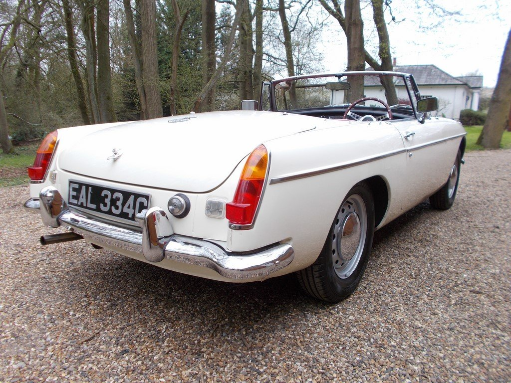 MGB Roadster 1965 Rebuilt on Heritage Shell  SOLD (picture 3 of 6)