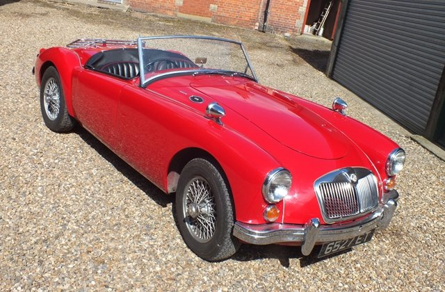 1959 A very attractive and thoroughly sound MGA roadster For Sale (picture 1 of 6)
