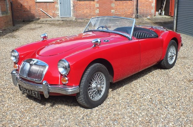 1959 A very attractive and thoroughly sound MGA roadster For Sale (picture 2 of 6)