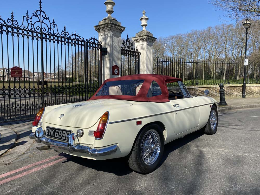1969 MG C - Completely restored & 204 miles only since For Sale (picture 4 of 24)