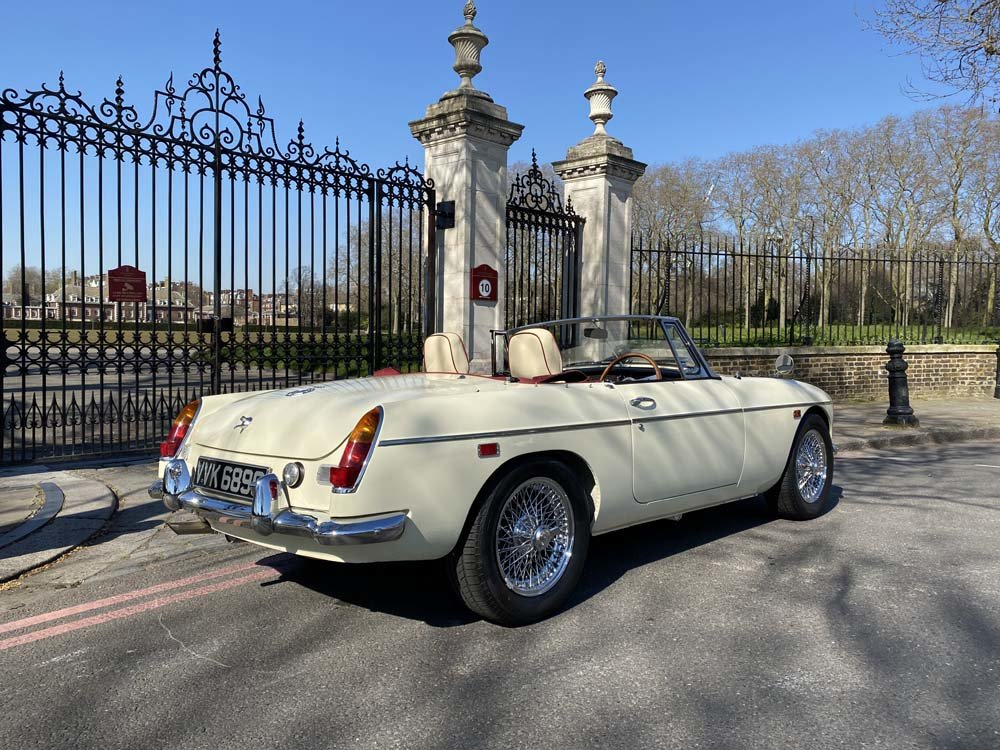 1969 MG C - Completely restored & 204 miles only since For Sale (picture 5 of 24)