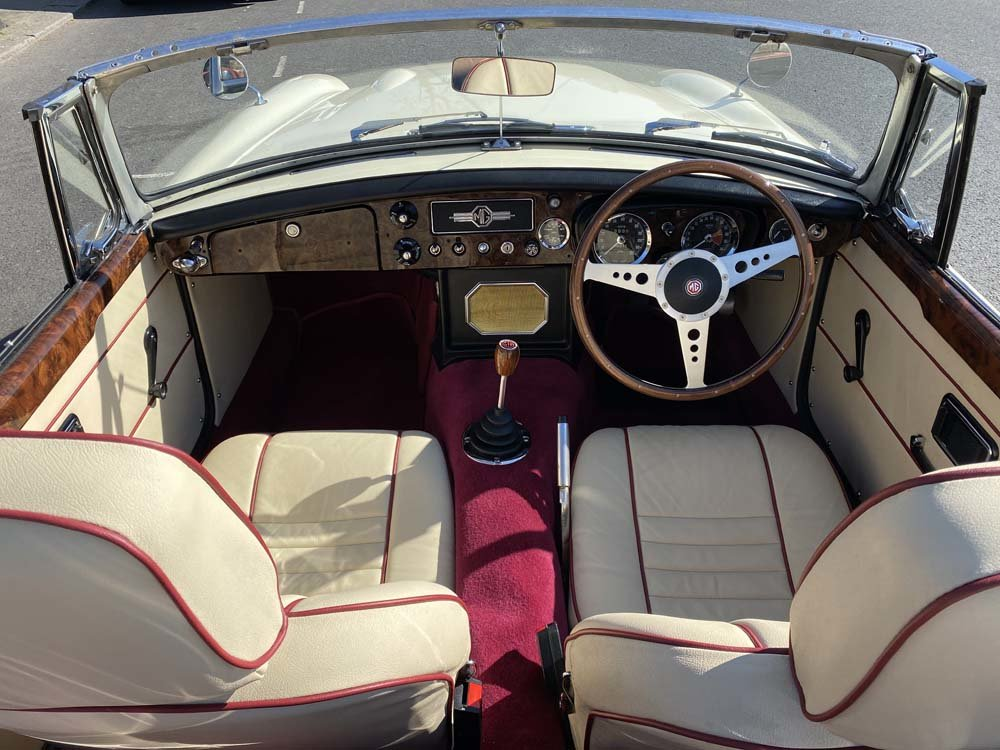 1969 MG C - Completely restored & 204 miles only since For Sale (picture 9 of 24)