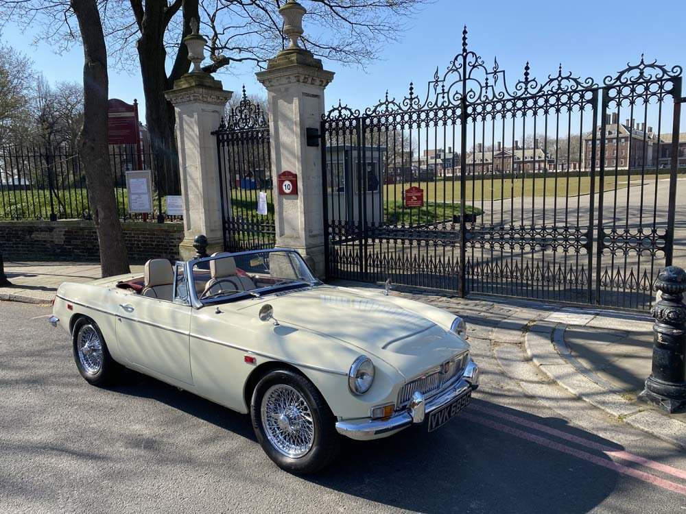 1969 MG C - Completely restored & 204 miles only since For Sale (picture 14 of 24)
