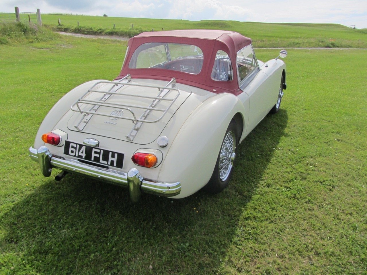 1961 MGA 1600 Mk2 Roadster SOLD (picture 4 of 6)