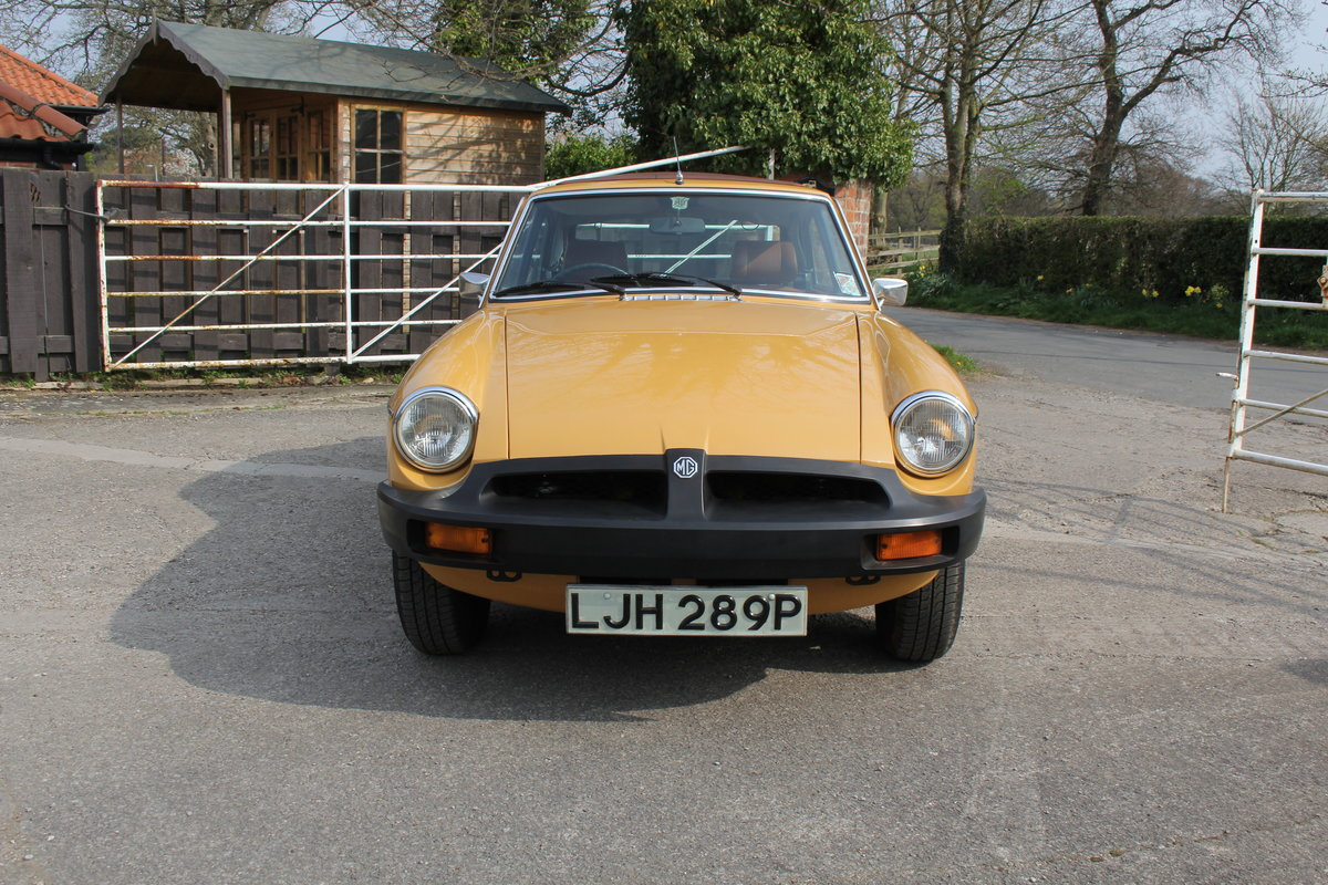 1976 MGB GT V8, Timewarp condition, 72k Original Miles For Sale (picture 2 of 16)