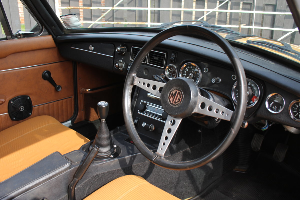 1976 MGB GT V8, Timewarp condition, 72k Original Miles For Sale (picture 7 of 16)