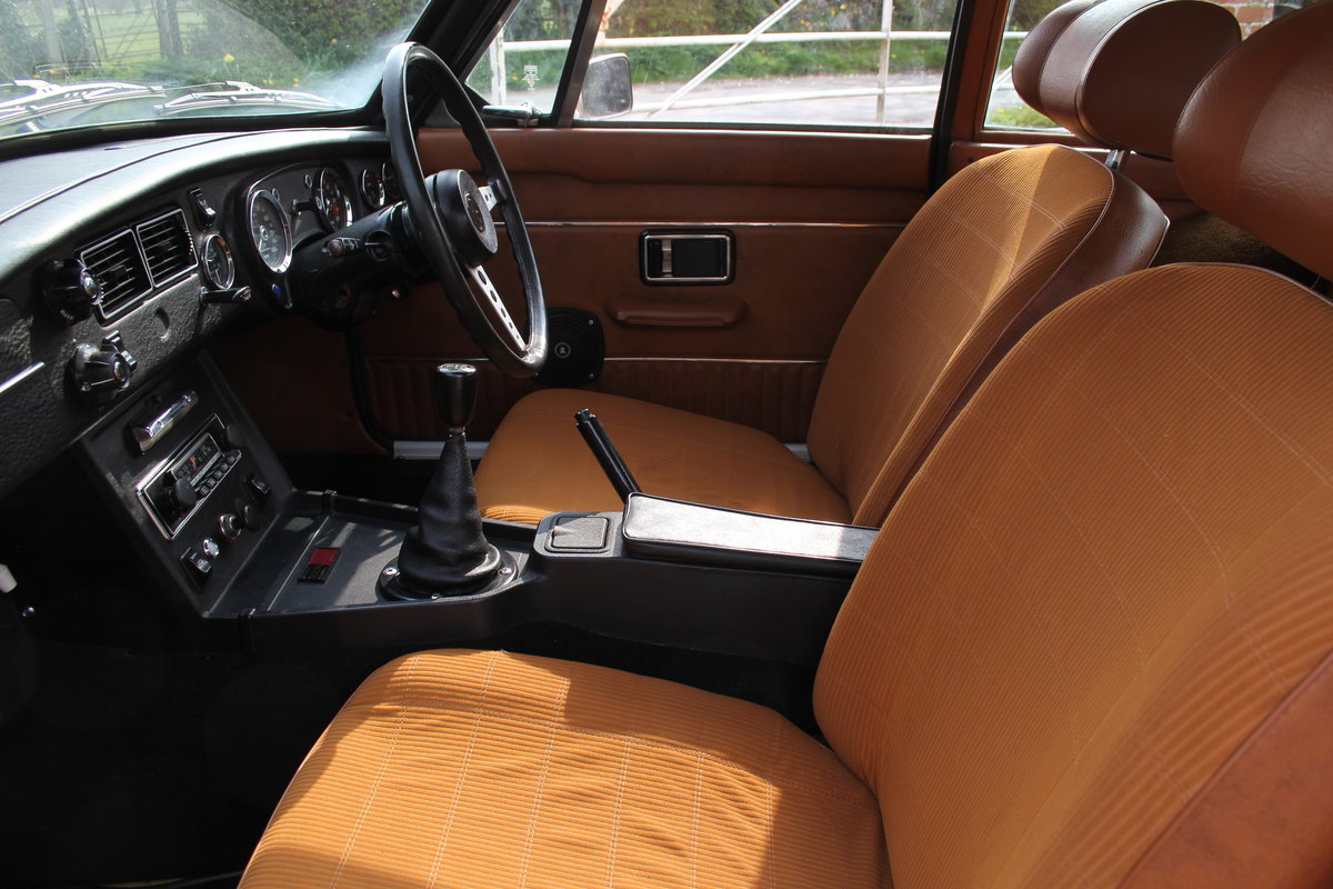 1976 MGB GT V8, Timewarp condition, 72k Original Miles For Sale (picture 11 of 16)