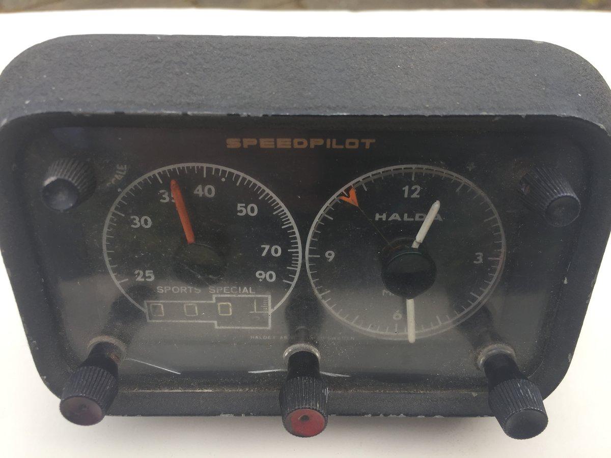 1980 Lucas Roof Mounted Spotlamp, Halda SpeedPilot For Sale (picture 4 of 5)