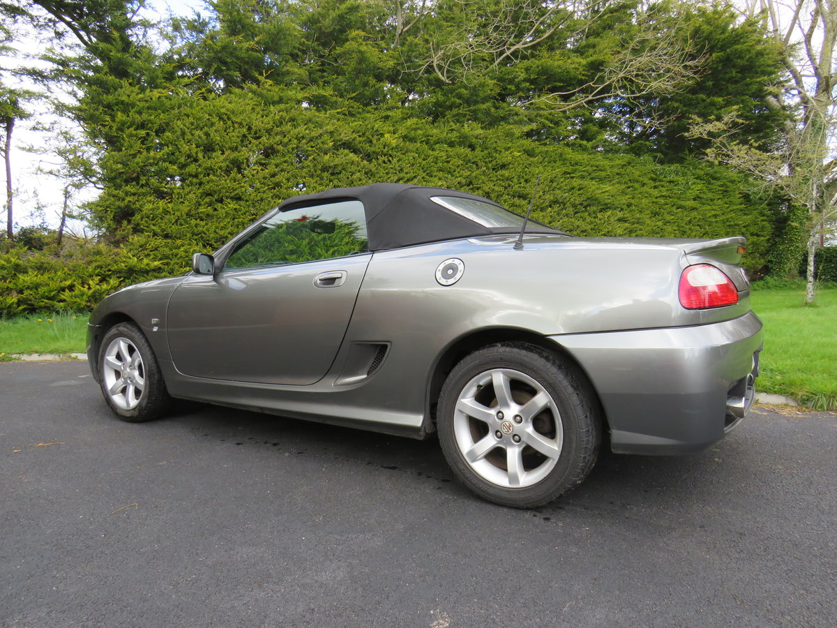 2004 MG TF 135, Metallic Grey, Black leather For Sale (picture 5 of 6)