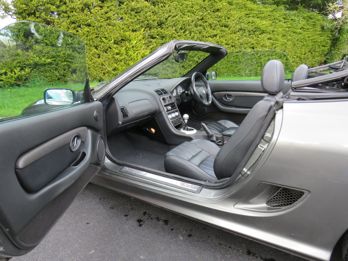 2004 MG TF 135, Metallic Grey, Black leather For Sale (picture 6 of 6)