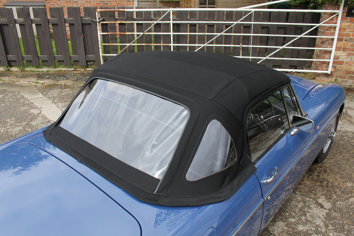 1966 MGB Roadster, show standard, original colours, UK car For Sale (picture 18 of 20)