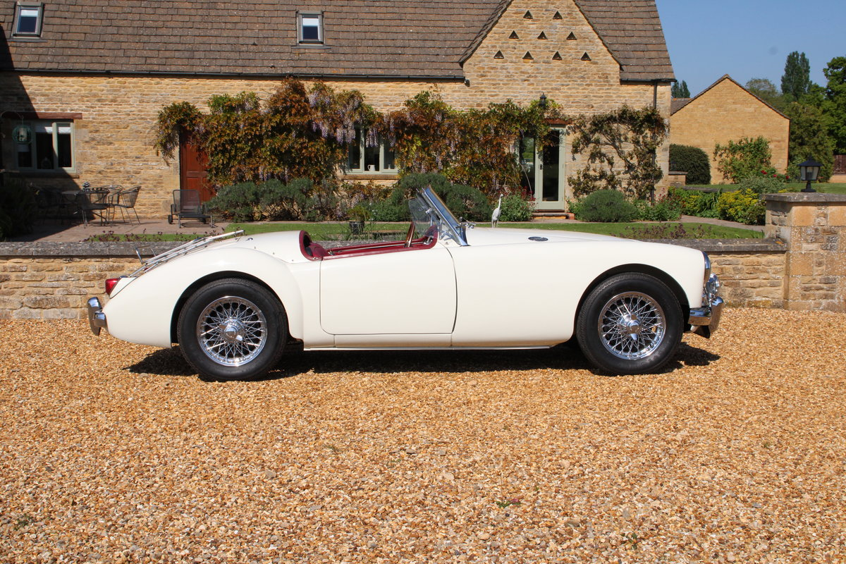 1957 MG A 1500 ROADSTER  For Sale (picture 3 of 20)