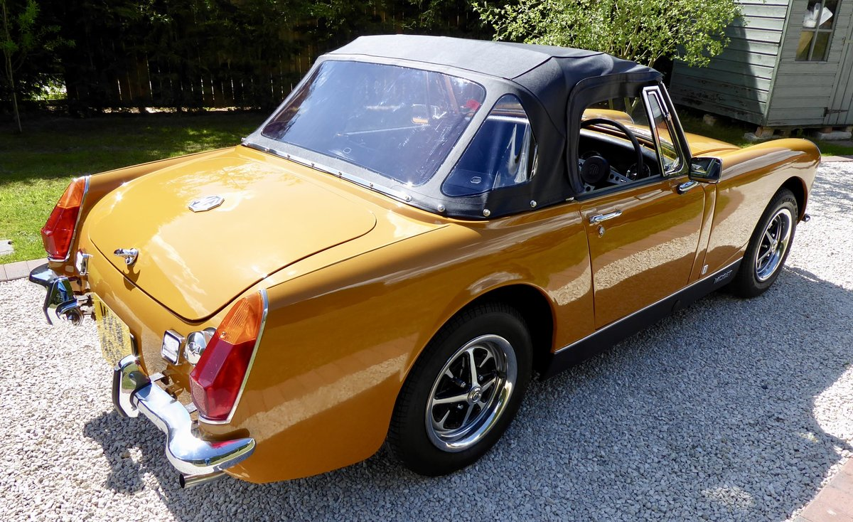 1972 MG Midget RWA 1275 SOLD (picture 2 of 6)
