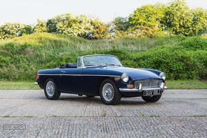 1971 MGB Roadster - Restored car in superb condition! SOLD