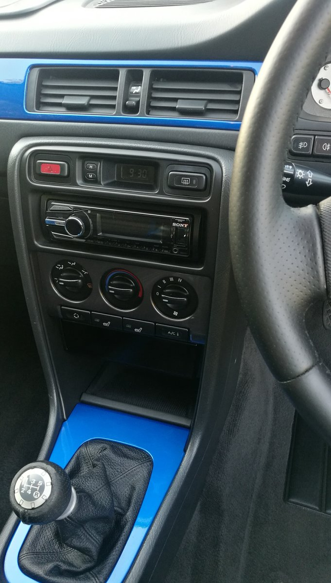 2002 MG ZS180 2.5 V6 Manual Saloon in Trophy Blue. Mint For Sale (picture 6 of 6)