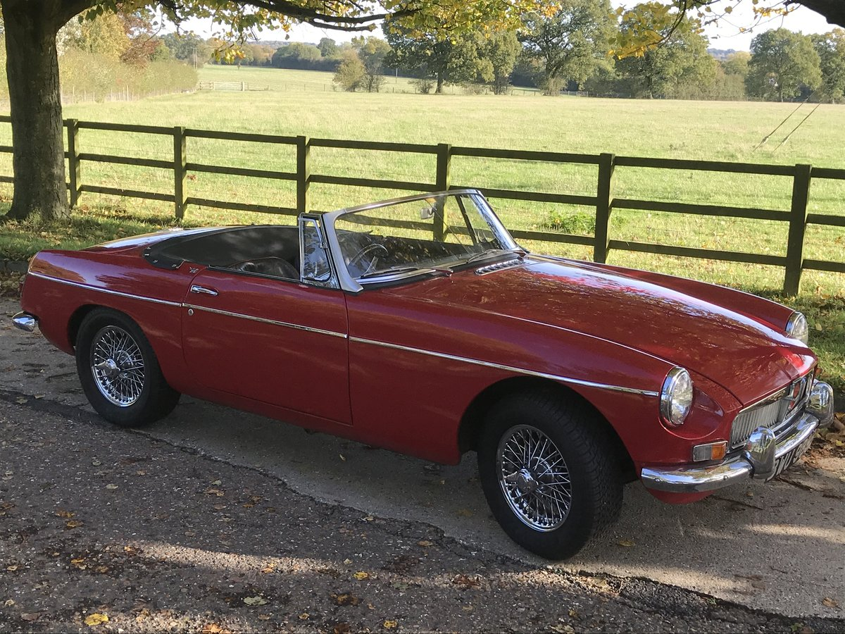 1964 Mk1 MGB Roadster in tartan red For Sale (picture 6 of 6)
