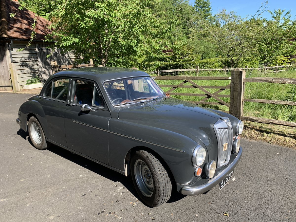 1957 MG Magnette ZB race prepared For Sale (picture 1 of 6)