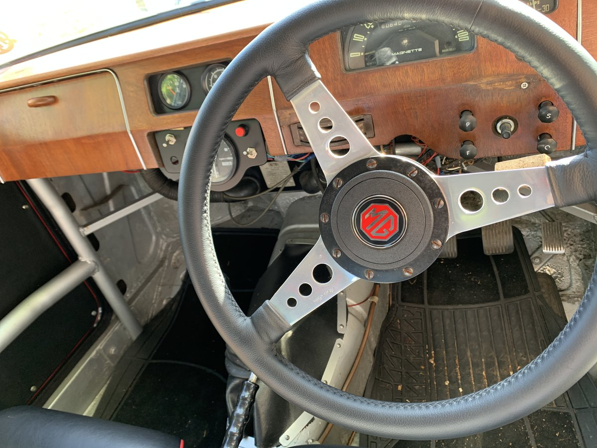 1957 MG Magnette ZB race prepared For Sale (picture 5 of 6)