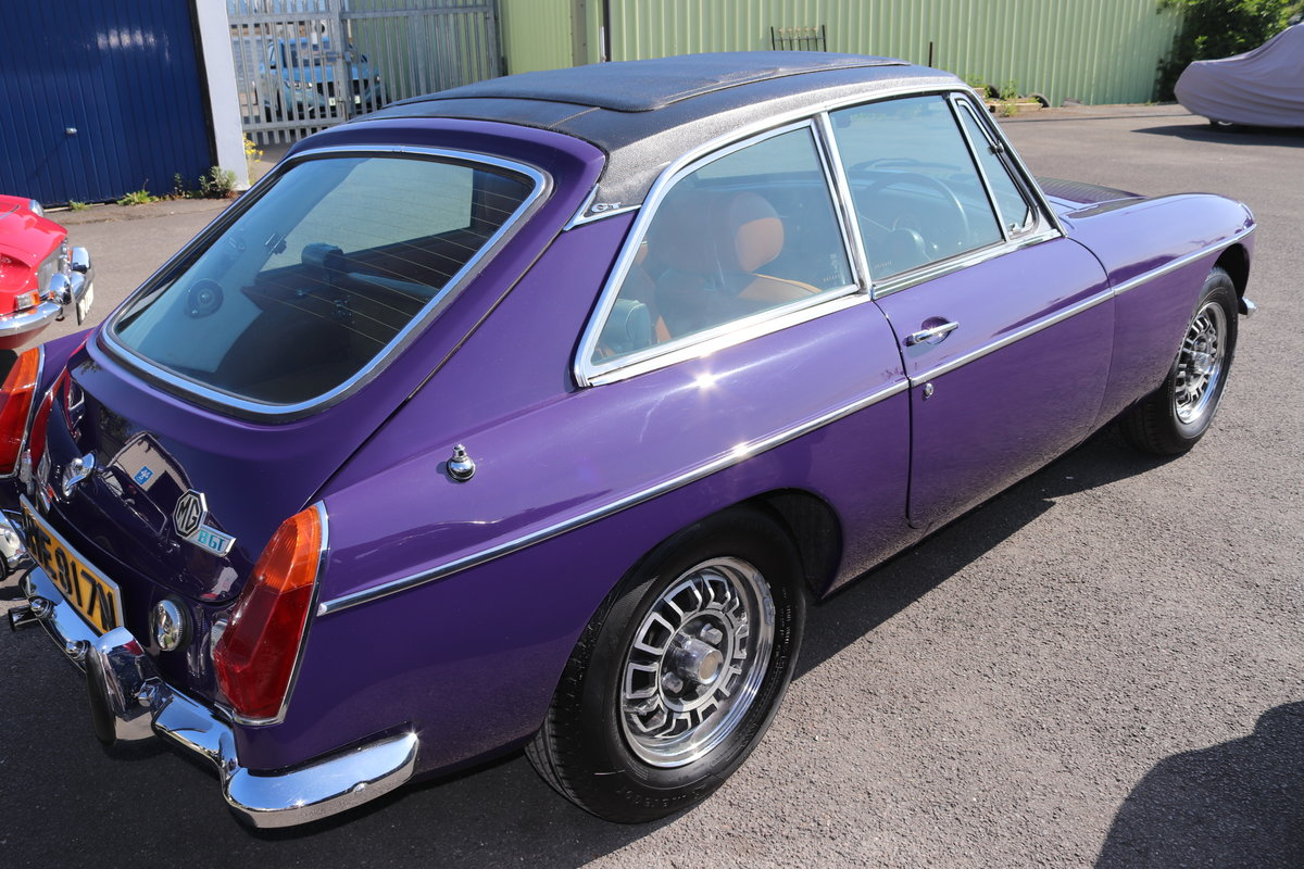 1974 Factory MGB GT V8 in Aconite, 34000 miles from new For Sale (picture 3 of 6)