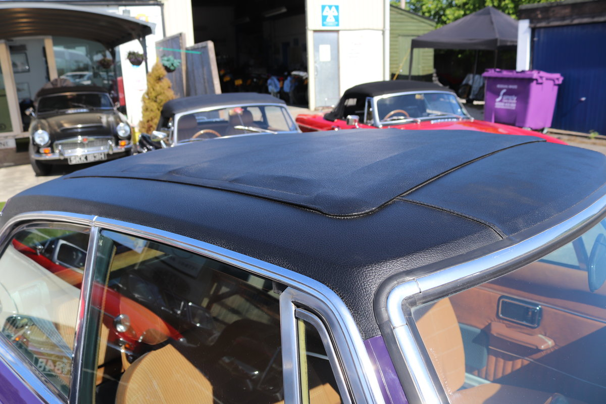 1974 Factory MGB GT V8 in Aconite, 34000 miles from new For Sale (picture 5 of 6)