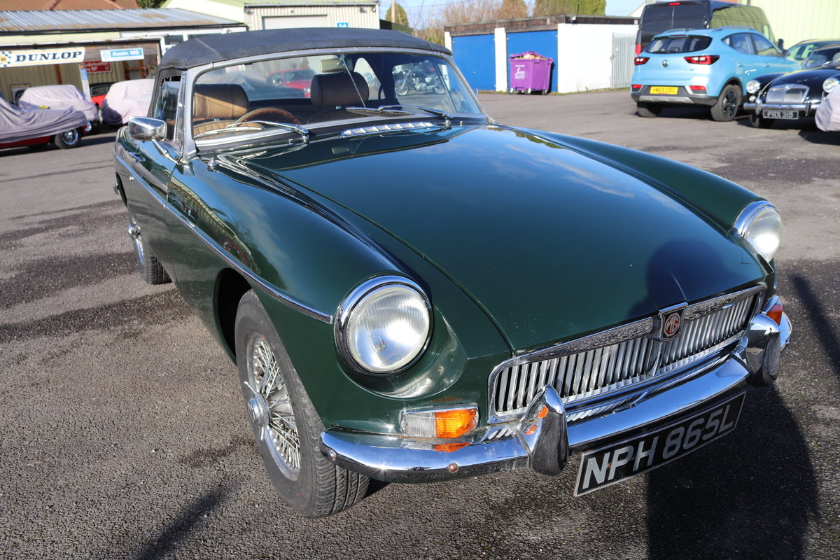 1972 MGB Roadster Heritage Shell, Bespoke interior For Sale (picture 5 of 5)