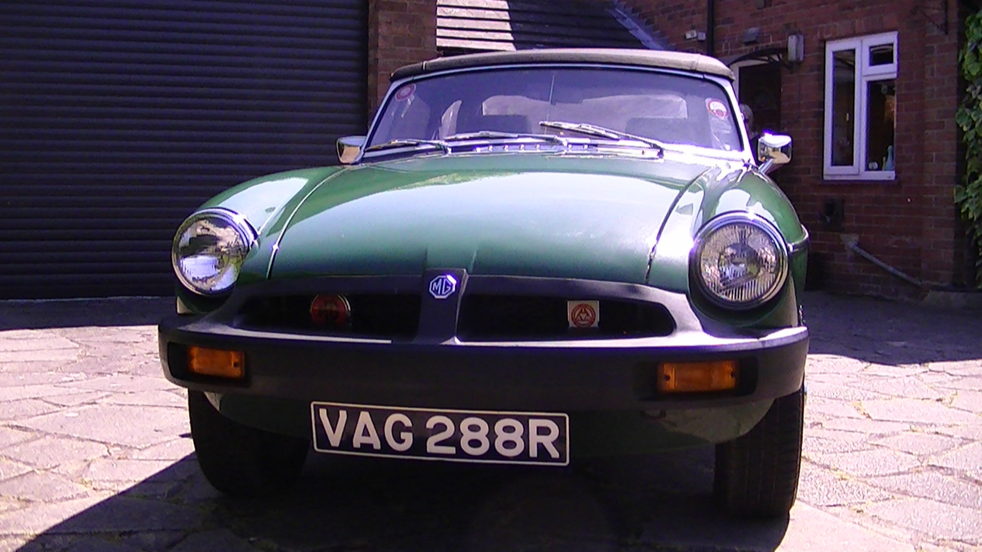 MG MGB Roadster 1977 For Sale (picture 3 of 6)