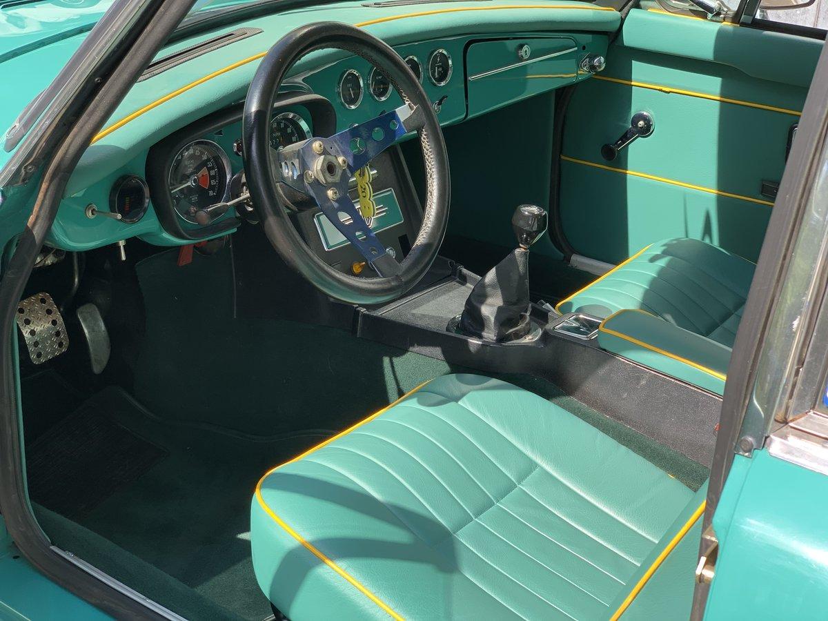 1975 MG B GT V8 Sebring For Sale (picture 5 of 6)