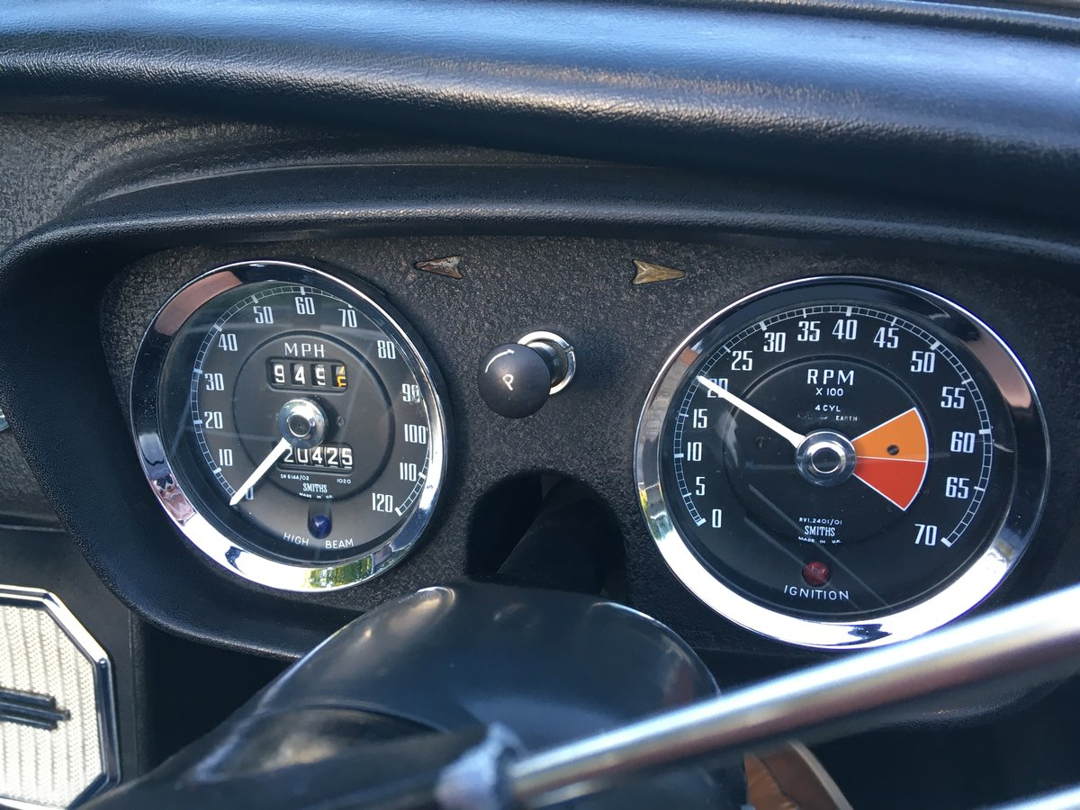 1966 MGB Roadster with overdrive SOLD (picture 5 of 6)