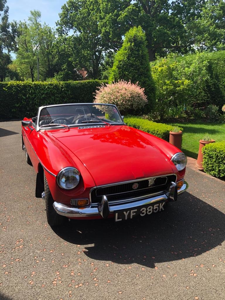 1972 MGB roadster SOLD (picture 1 of 6)