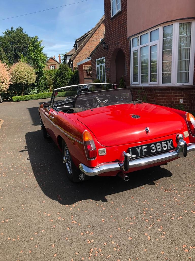 1972 MGB roadster SOLD (picture 3 of 6)