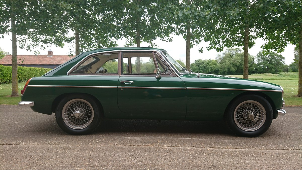 1967 MG B GT Beautiful Classic with history For Sale (picture 1 of 6)