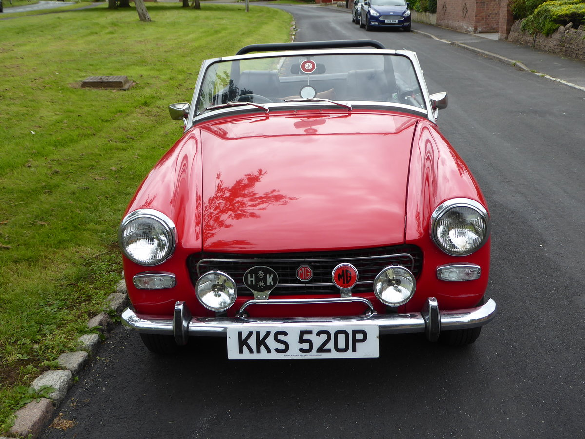 1977 Stunning Looking MG Midget 1500 SOLD (picture 2 of 6)