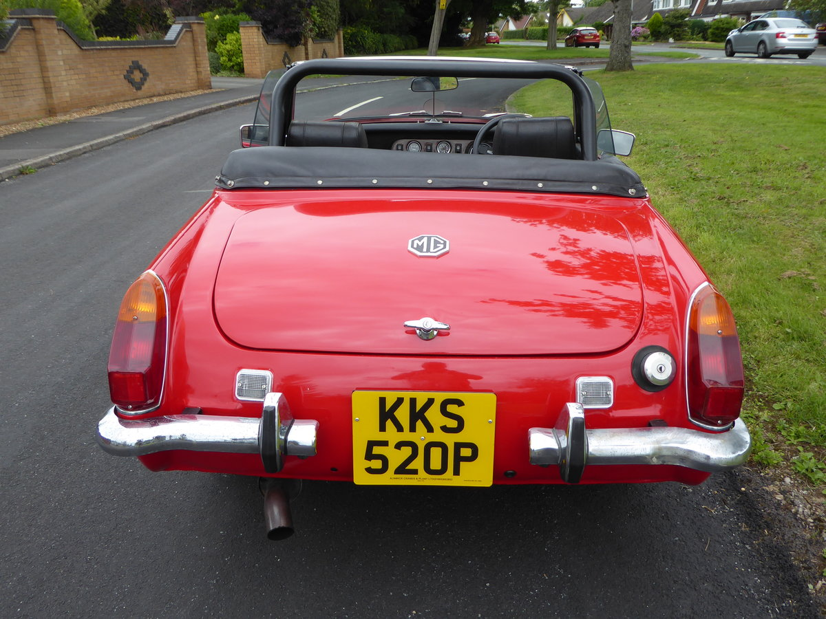 1977 Stunning Looking MG Midget 1500 SOLD (picture 3 of 6)
