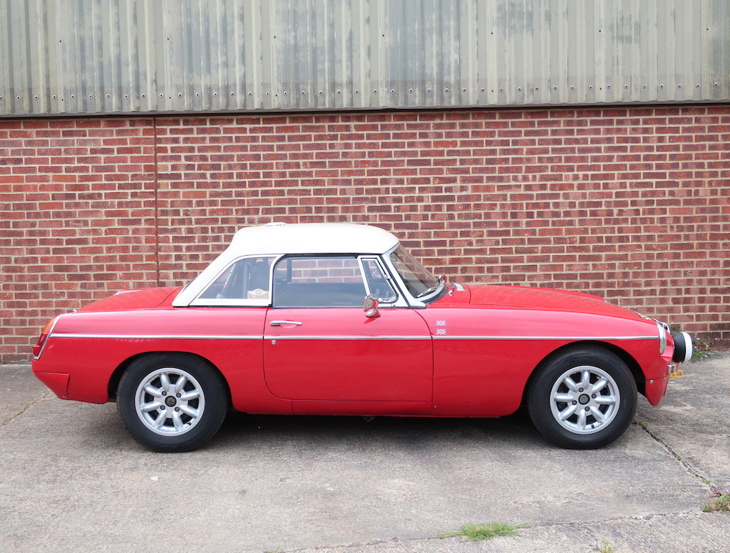 1969 MG B Roadster Historic Rally Car For Sale (picture 2 of 6)
