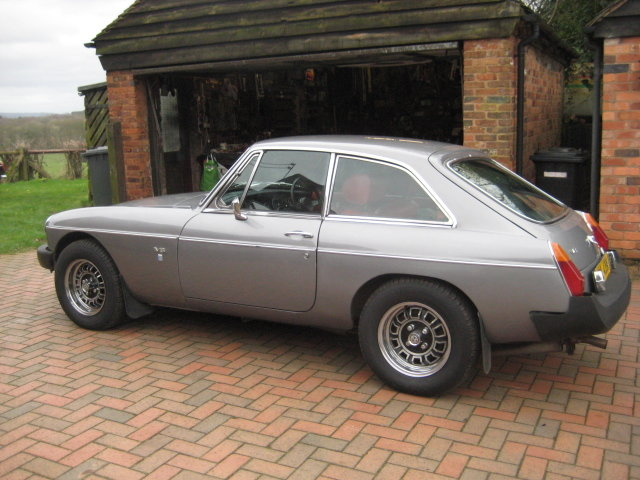1975 MGB GT V8 SOLD (picture 1 of 6)