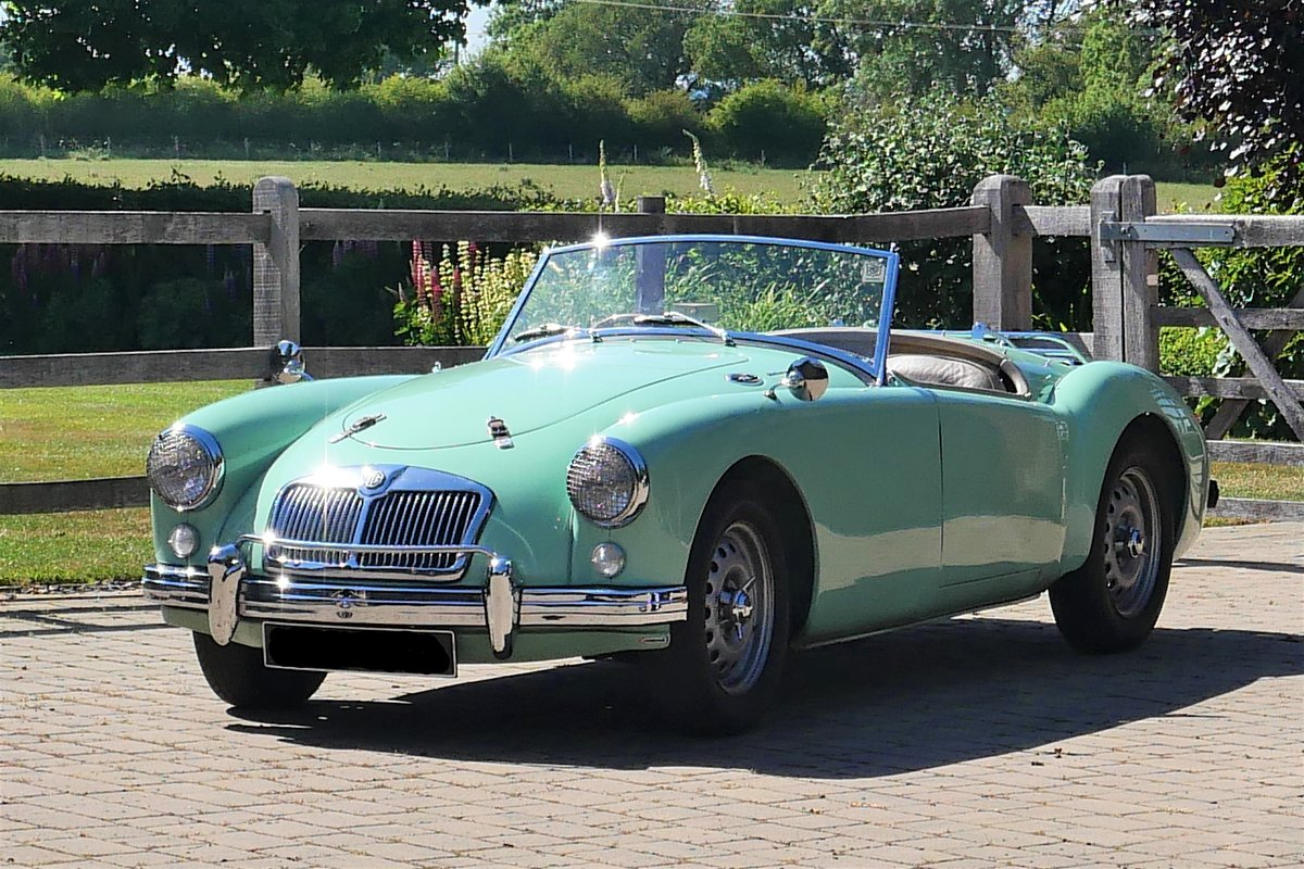 1958 MGA Fully documented restoration. For Sale (picture 1 of 5)