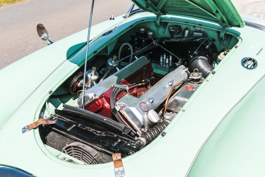 1958 MGA Fully documented restoration. For Sale (picture 3 of 5)