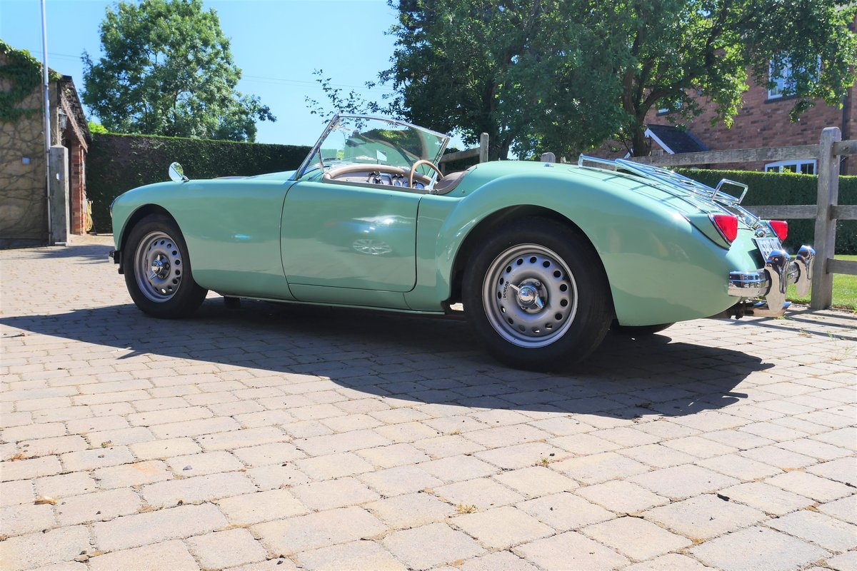1958 MGA Fully documented restoration. For Sale (picture 4 of 5)