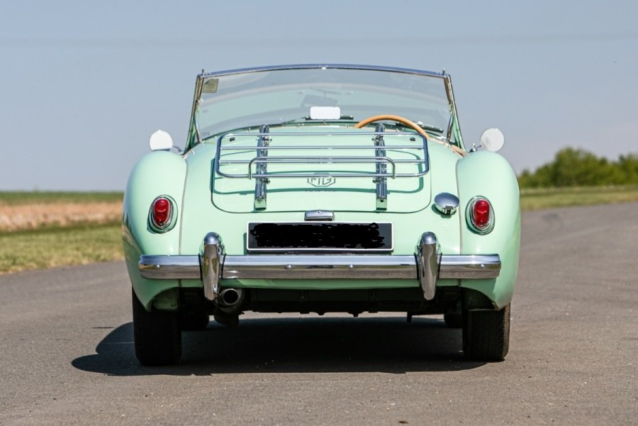 1958 MGA Fully documented restoration. For Sale (picture 5 of 5)