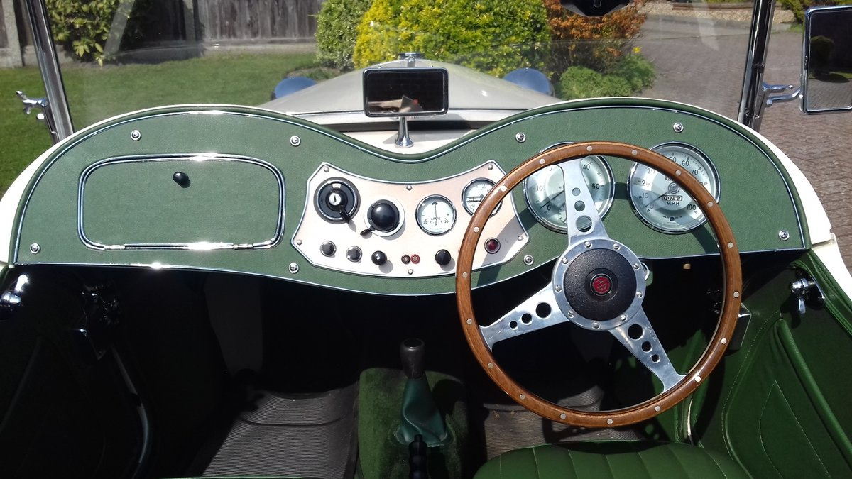 1952 MG TD in old English Wite For Sale (picture 5 of 6)