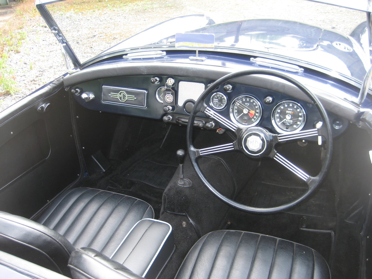 1958 MGA Roadster Nut and bolt restoration For Sale (picture 4 of 6)