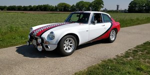1975 MG B GT V8
