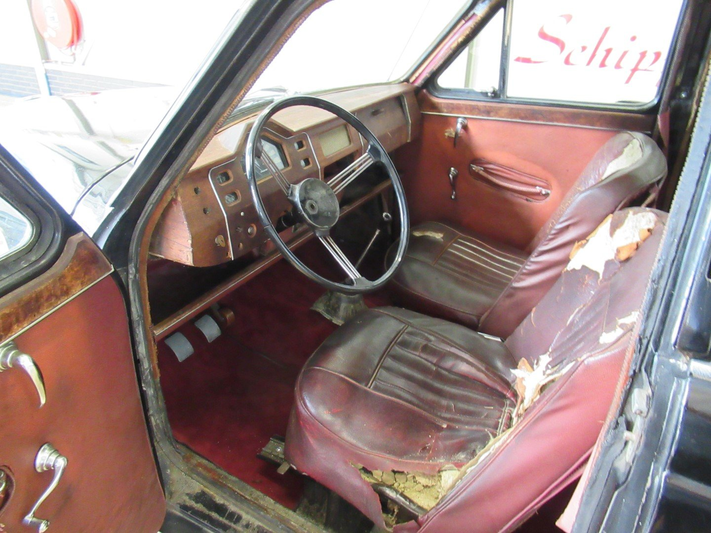 1956 MG Magnette ZB LHD for restauration For Sale (picture 4 of 6)
