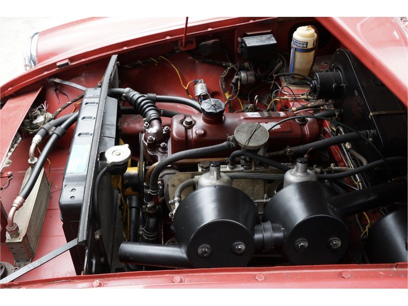 1968 MG B Roadster Swiss car, good overal condition For Sale (picture 4 of 6)
