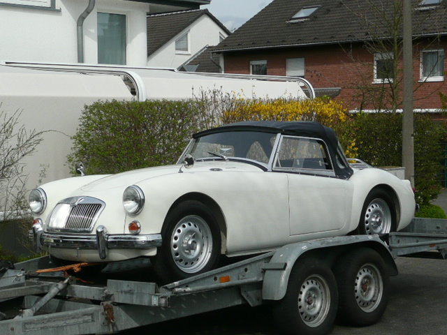 1959 MGA Twin Cam Right Hand Drive Convertible For Sale (picture 3 of 6)