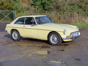 MG B GT, 1968, Primrose Yellow For Sale