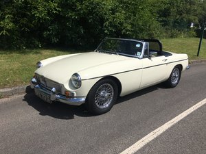 1968 MGB Roadster Old English white, Black Leather