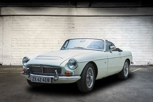 MGC 2,9 V8 Covertible