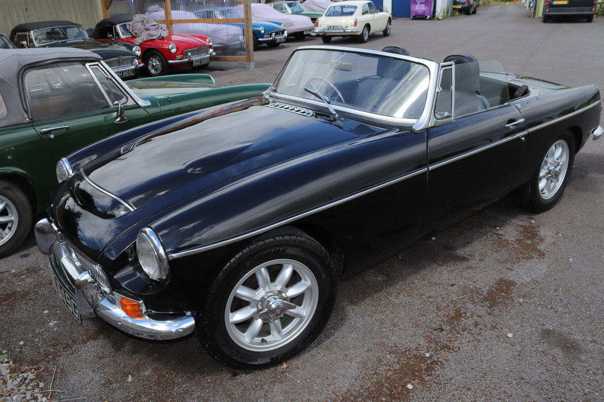 1969 MGC Roadster, Rebuilt by MG Specialist in 2018 For Sale (picture 1 of 5)