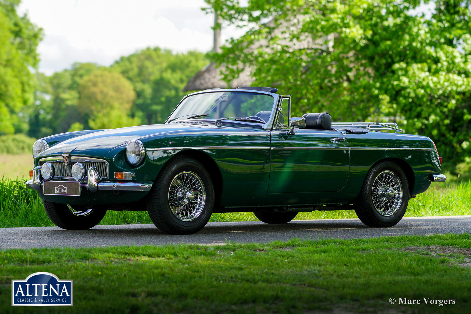 MG B Roadster, 1968 For Sale (picture 1 of 6)